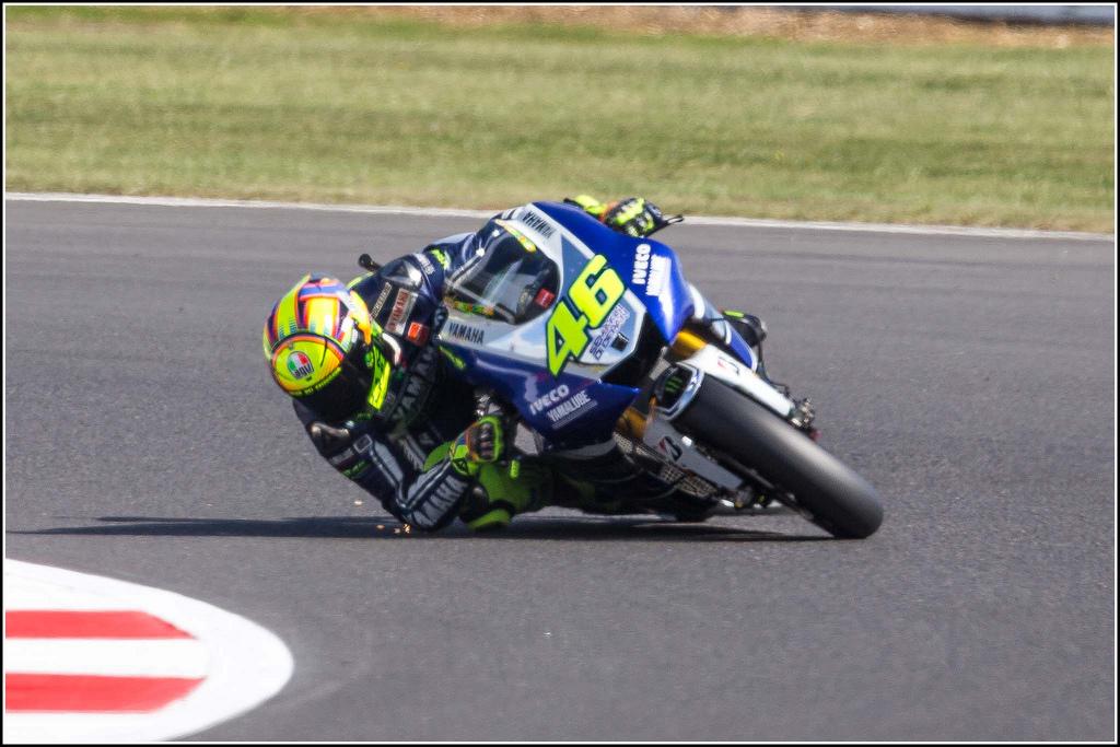 Moto GP, Gran Premio di Brno: Marquez trionfa grazie al cambio moto e allunga nel mondiale