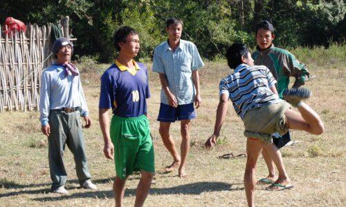 Nel Myanmar c'è uno sport che resiste alla povertà